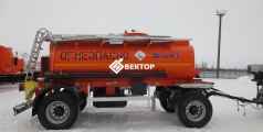 Прицеп цистерна НЕФАЗ под светлые нефтепродукты 8602-0002221-03